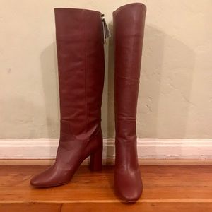 **NEVER BEEN WORN** KNEE HIGH LEATHER BOOTS